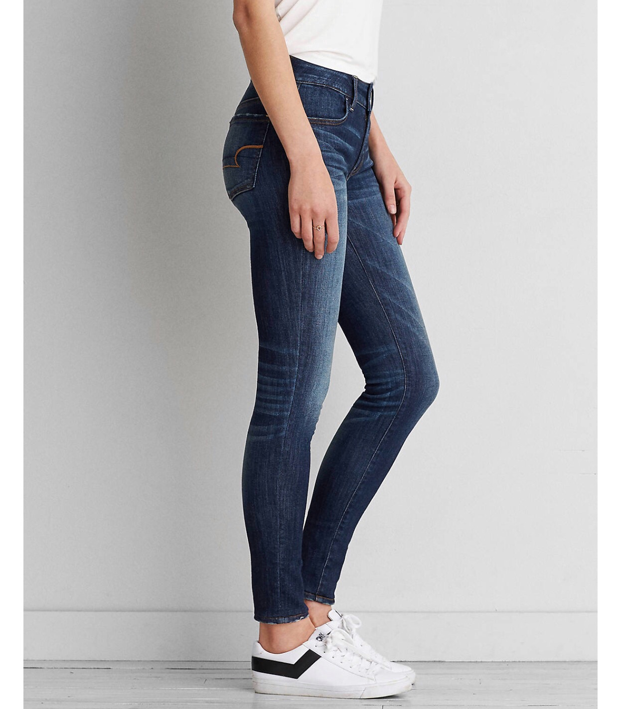 e9a0d3d9835 American Eagle Outfitters  JEGGING - Elevated Style