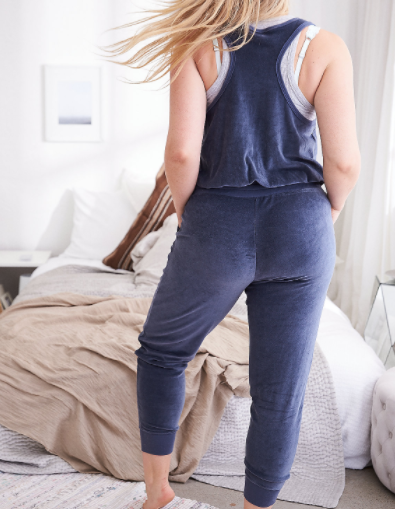 82fbf90986bb American Eagle  AERIE VELOUR JUMPSUIT - Elevated Style